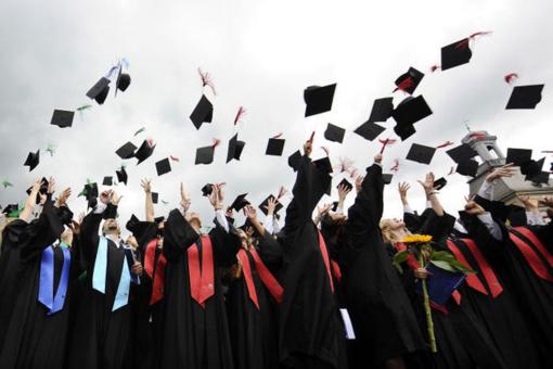 Stojančiųjų į aukštąsias mokyklas – 1,7 tūkst. mažiau nei pernai