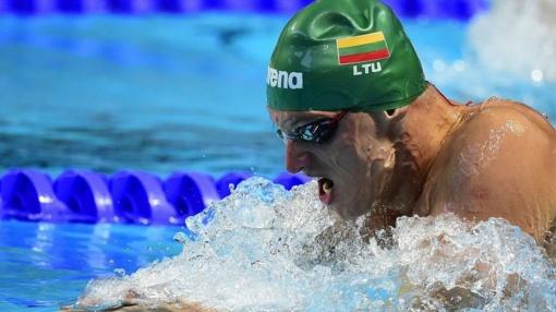 Plaukikas G. Titenis pateko į pasaulio čempionato pusfinalį, britas A. Pytis pagerino pasaulio rekordą