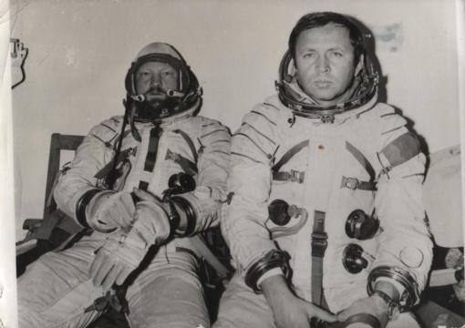 Už nuopelnus kosmoso tyrimams pagerbtas kosmonautas R. Stankevičius