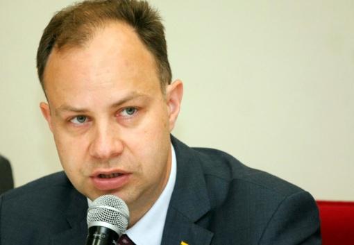Ministras A. Veryga: susirgus hepatitu C pasveikti gali beveik visi