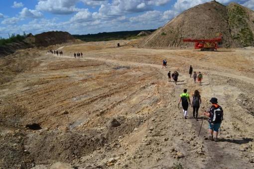 """Žygeivius Naujojoje Akmenėje stebino ne tik """"Marso kanjonai"""" (FOTO)"""