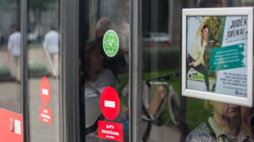 Gera žinia Kauno dviratininkams: viešuoju transportu dviračius galima vežtis nemokamai
