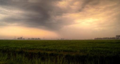 Gelbėtojai įspėja dėl trečiadienį siausiančios audros