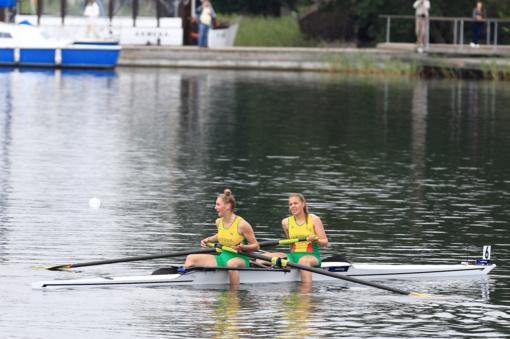 Irkluotojos V. Urbonaitė ir K. Kralikaitė pasaulio jaunių irklavimo čempionate užėmė ketvirtąją vietą