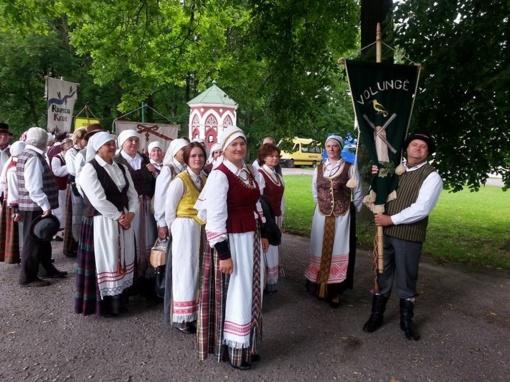 Pakruojiškių dainos skambėjo folkloro sambūryje Baisogaloje