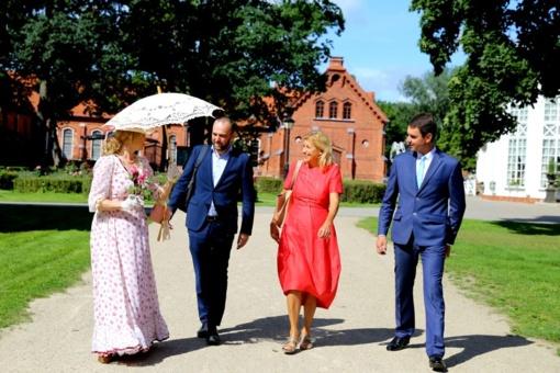 Raudondvaryje apsilankiusi kultūros ministrė pažadėjo didesnį dėmesį regionų kultūrai
