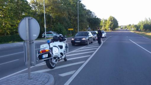 Reidai Telšiuose ir Mažeikiuose: policija pričiupo dešimtis vairuotojų