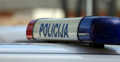 Kaune girtas vairuotojas apgadino penkis automobilius