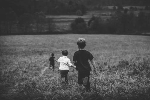 Neblaivūs artimieji smurtavo prieš vaikus