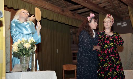 Tautkaičiuose penkioliktą kartą vyko klojimo teatrų šventė