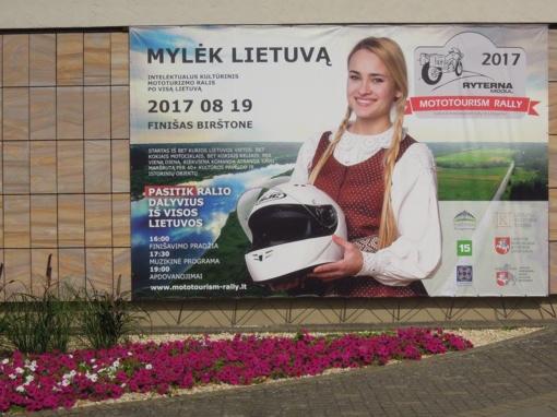 """Ratuoti """"Utenos klajūnai"""" ir """"Uteniškiai"""" dalyvavo mototurizmo ralyje """"Mylėk Lietuvą"""" (FOTO)"""
