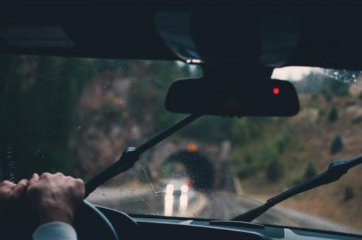 Kaip elgtis patyrus eismo įvykį su neapdrausta transporto priemone?