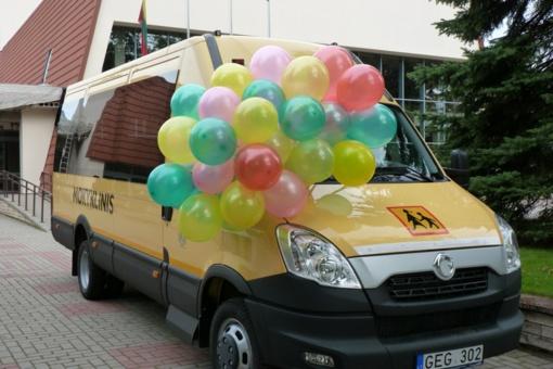 Savivaldybėms bus perduota per 80 mokyklinių autobusų