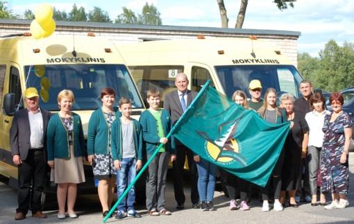 Anykščių rajono švietimo įstaigoms – 2 mokykliniai autobusai