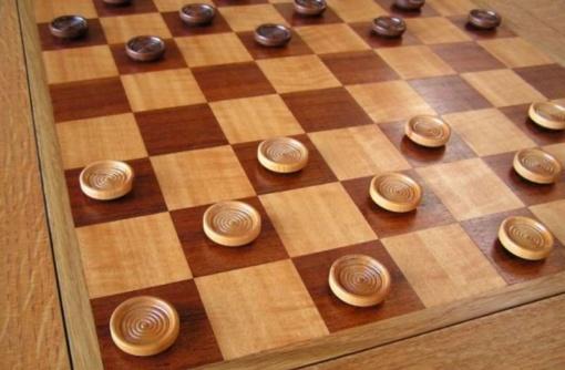 D. Norkus pasaulio jaunimo paprastųjų šaškių čempionate iškovojo auksą ir sidabrą