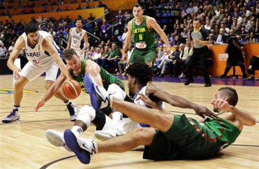 Galime lengviau atsikvėpti: lietuviai pasiekė pergalę, nugalėję čempionato šeimininkus