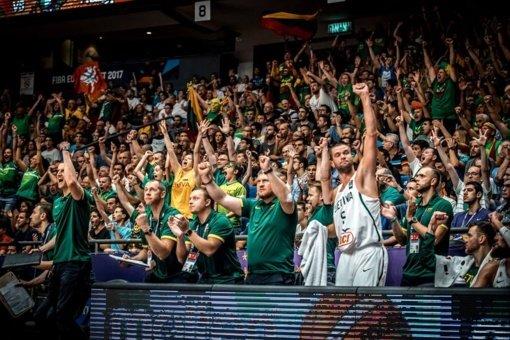Europos krepšinio čempionatą lietuviai pasitinka sausakimšuose baruose
