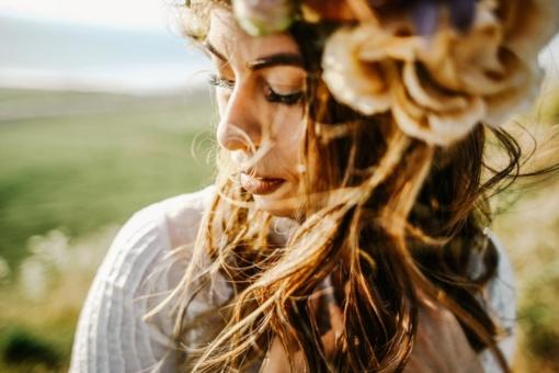 Po vasaros savo plaukus moterys vertina prastai ir skiria vos 6 balus