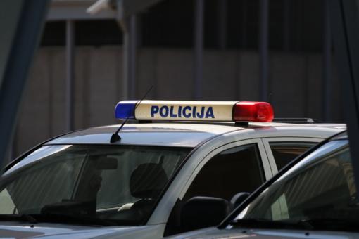 Pareigūnai Kaune išgelbėjo iš balkono galimai planavusią šokti moterį