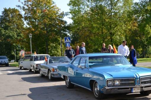 Rietave – senovinių automobilių paroda (FOTO)