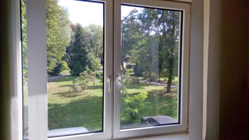 """UAB """"IK verslo grupė"""" specialistai pataria apie PVC langų priežiūrą ir remontą"""