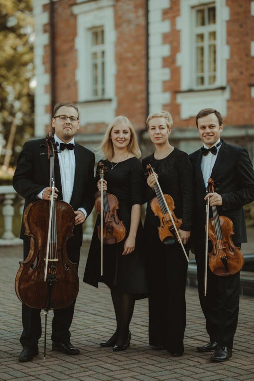 """Styginių kvartetas """"Archi Quartett"""" kviečia pasimėgauti nauju žinomų kūrinių skambesiu"""