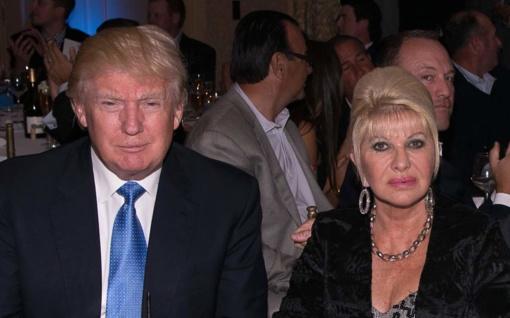 """Ivana Trump parašė knygą apie """"santuoką su Donaldu"""""""