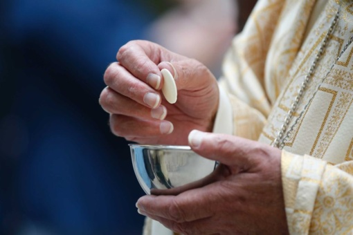 Seksualinės prievartos skandalo sukrėsta Australijos vyskupų delegacija nuvyko į Vatikaną