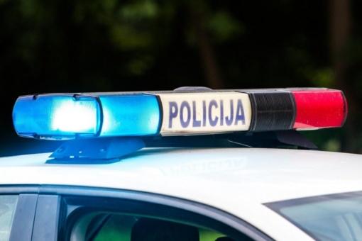Pareigūnams Kretingos rajone teko tramdyti agresyvų pažeidėją