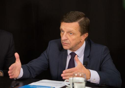 Plagijavimu apkaltintas P.Baršauskas traukiasi iš KTU rektoriaus pareigų