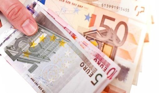 """Palangos įmonei vadovaujantis Moldovos pilietis mokėjo """"vokelius"""""""