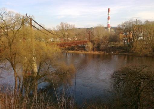 Vilniuje išgelbėtas nušokti nuo tilto norėjęs žmogus