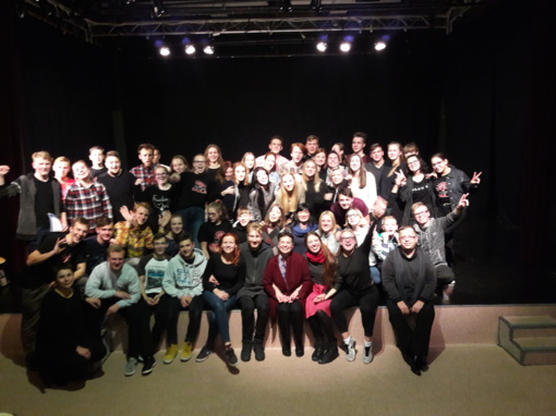 """Plungės Teatro """"SAULA"""" aktoriai net dviem dienom buvo tapę tikrais menų akademijos studentais"""