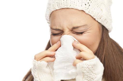 """Vaistininkų patarimai: ką daryti, kad šaltuoju metų laiku netektų ilgam """"atkristi"""""""