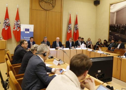 Lietuvos politikai: socialines problemas reikia spręsti ES lygiu