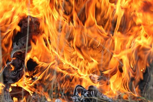 Anykščių rajone degė medinis namas