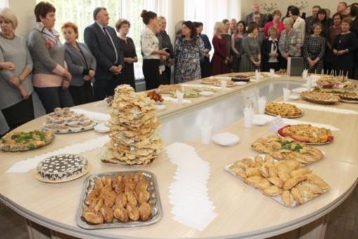 Pyragų dieną savivaldybės kolektyvas paaukojo rekordinę sumą pinigų