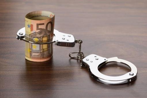 """Teismas leido mėnesiui suimti """"Etransport"""" valdančios įmonės akcininką"""