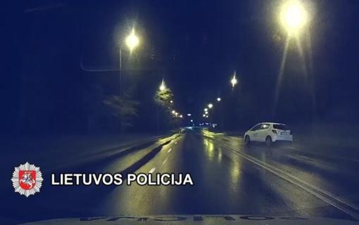 Liūtims merkiant, policija stabdė neblaivius vairuotojus