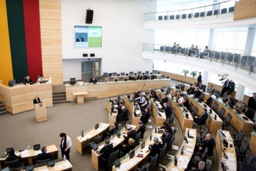 Lietuvos gyventojai nepatenkinti pirmaisiais Seimo darbo metais, rodo apklausa