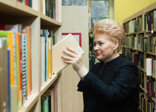 Prezidentės knygos - savo rajono bibliotekai