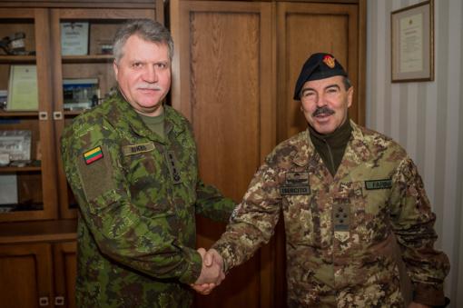 Lietuvoje lankosi NATO Jungtinių pajėgų vadavietės Brunsume vadas gen. Farina