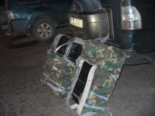 Ignalinos rajone pasieniečiai sulaikė tarptautinį kontrabandininkų duetą (FOTO)