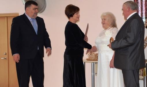 Lazdijuose tradiciškai paminėtos jubiliejinių vestuvių sukaktys