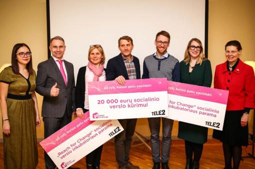 Švedijos ambasadoje apdovanotas Darius žada formuoti naujus vaikų įpročius internete