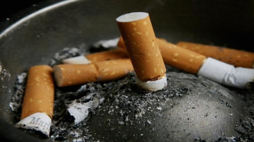 Baigėsi cigaretės, tai apšvarino kioską?