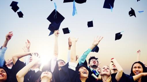 Rektoriai nesutaria, kokie studentai gali patekti į universitetus