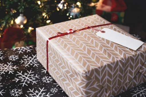 5 patarimai siunčiantiems kalėdines dovanas paštu