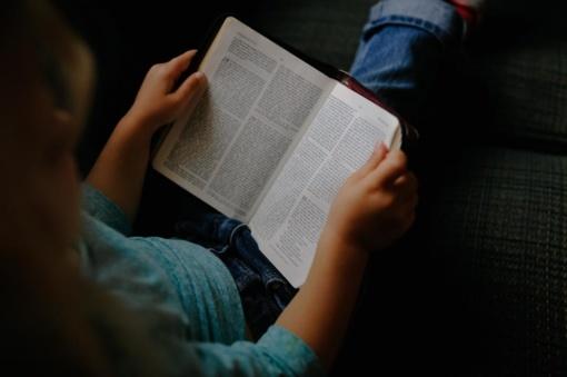 Lietuvos ketvirtokų skaitymo pasiekimai pranoksta tarptautinį vidurkį, rodo naujausias tyrimas