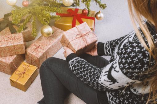 Gyventojai kalėdinėms dovanoms šiemet išleis daugiau